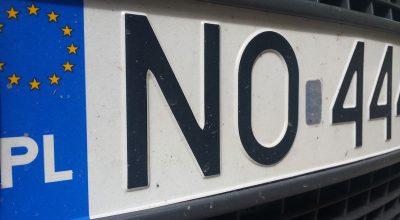 zmiany tablic rejestracyjnych
