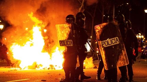 zamieszki w katalonii