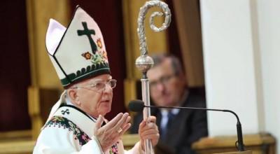 Arcybiskup chce
