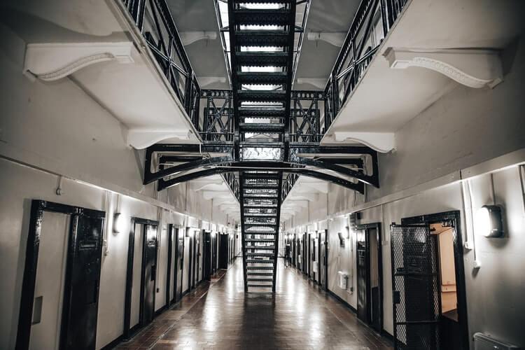 Więzień uciekł ze szpitala