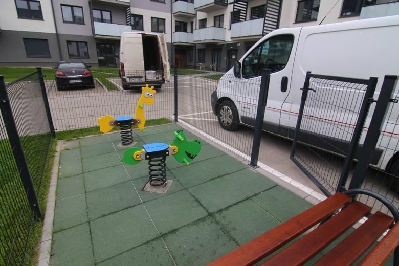 miniaturowy plac zabaw