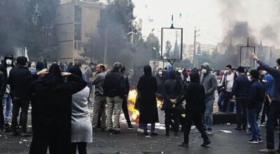 Podczas protestów w Iranie zginęło ponad 140 osób