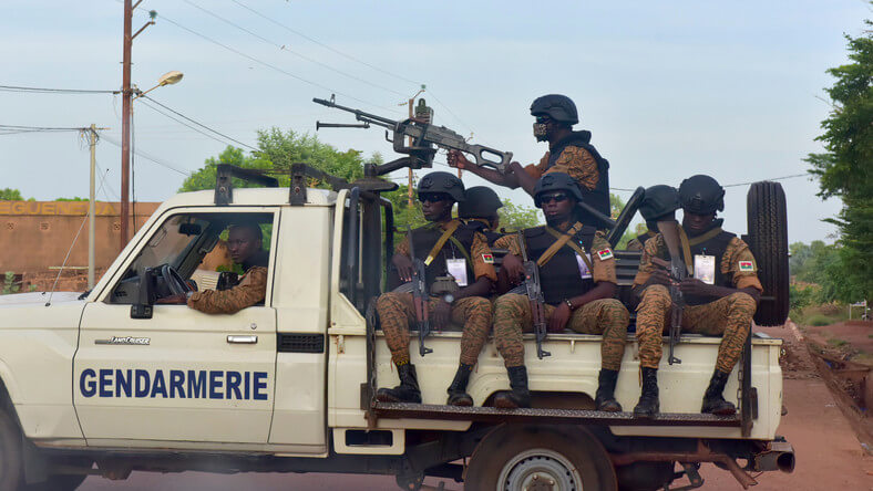 Atak terrorystów na kościół w Burkina Faso