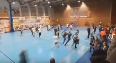 kibice zaatakowali turniej