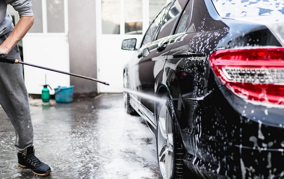 mandaty za mycie auta