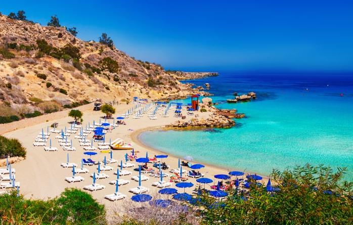 cypr odda pieniądze za wakacje