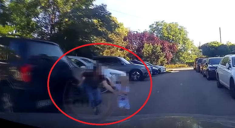 dziecko wbiega wprost pod koła