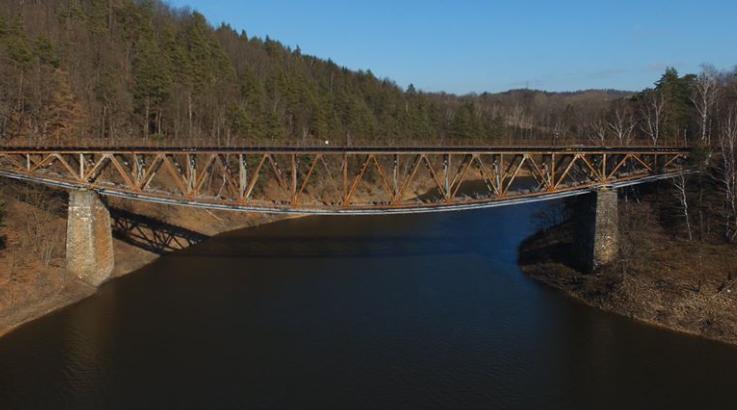 piękny most w polsce