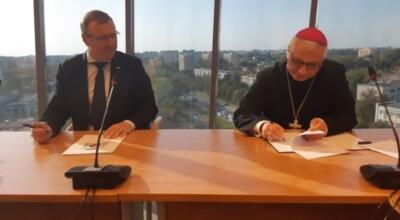 TVP podpisało umowę z Episkopatem