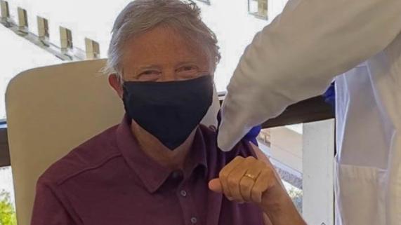 Bill Gates zaszczepiony