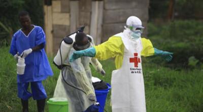 ebola coraz gorsza sytuacja