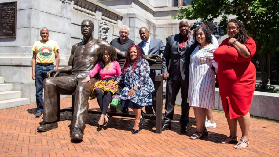 pomnik George'a Floyda